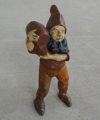 Gnome with Barrell.jpg
