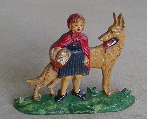 Red Riding Hood.jpg (83889 bytes)